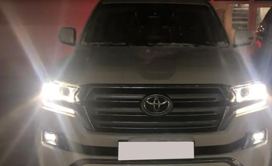 2016-toyota-land-cruiser-d24652