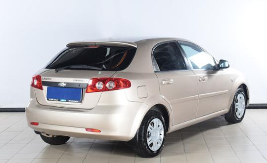 2012-chevrolet-lacetti-80140