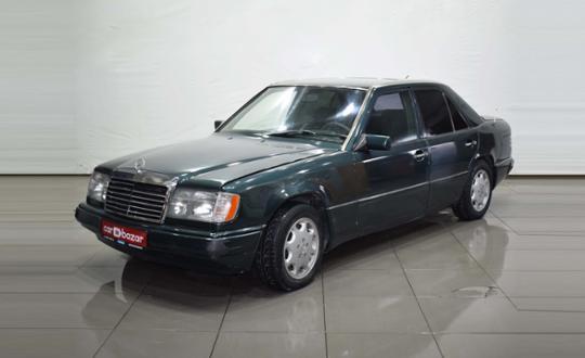 1990 Mercedes-Benz W124