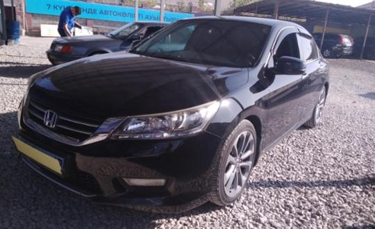 2014-honda-accord-c7554