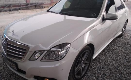 2011 Mercedes-Benz E-Класс