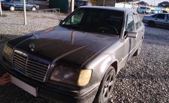1995 Mercedes-Benz E-Класс