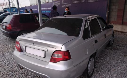 2010-daewoo-nexia-c9254