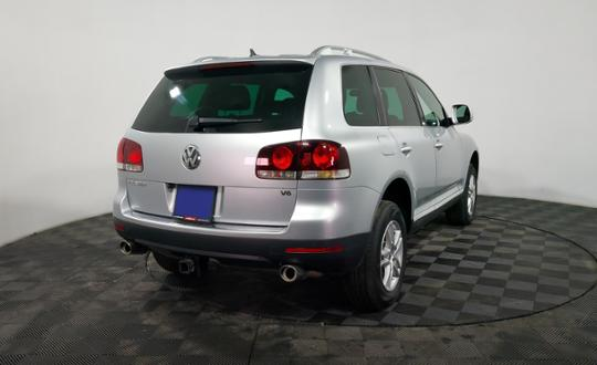 2008-volkswagen-touareg-85530