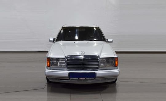 1991-mercedes-benz-w124-86869