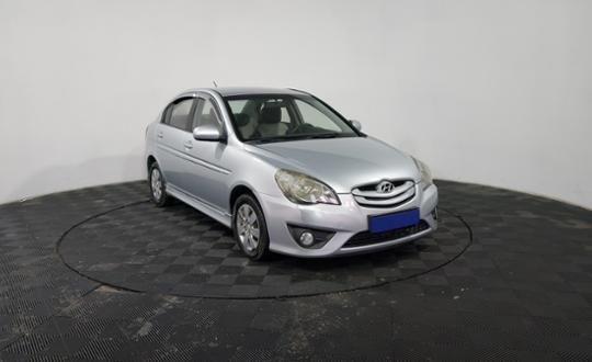 2010-hyundai-verna-87494