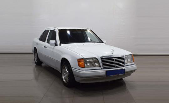 1993-mercedes-benz-w124-88563