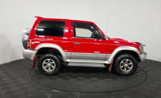1995-mitsubishi-pajero-90532