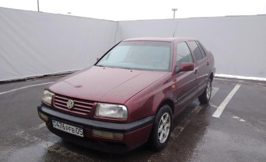 Volkswagen Vento 1996 года за 1 200 000 тг. в Алматы