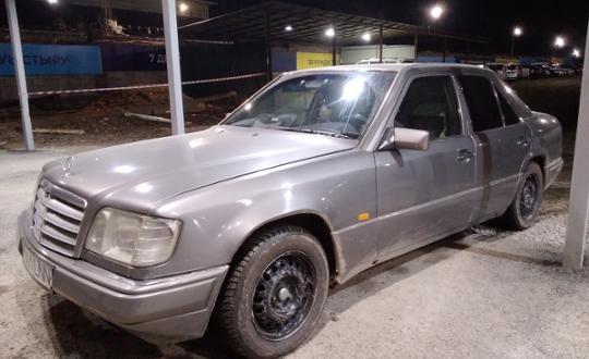 Mercedes-Benz E-Класс 1994 года за 1 800 000 тг. в Шымкент