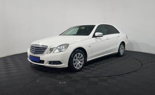 2011-mercedes-benz-e-класс-93439