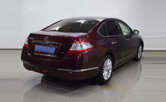 2012-nissan-teana-94842