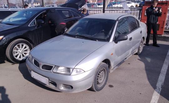 Mitsubishi Carisma 1996 года за 1 500 000 тг. в Алматы