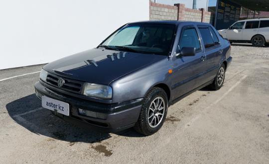 Volkswagen Vento 1994 года за 1 300 000 тг. в Шымкент