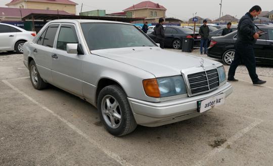 1993-mercedes-benz-e-класс-c23753