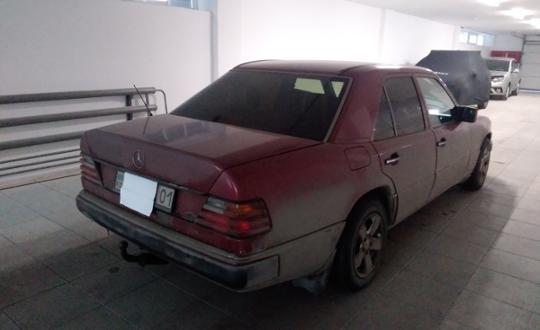 1992-mercedes-benz-w124-c24171