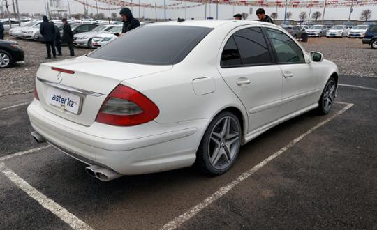2008-mercedes-benz-e-класс-c24213