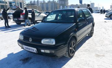 Volkswagen Golf 1994 года за 1 400 000 тг. в Нур-Султан