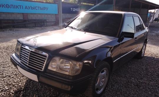 1993-mercedes-benz-e-класс-c5202