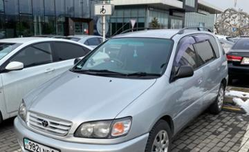 Toyota Ipsum 1996 года за 3 000 000 тг. в Алматы