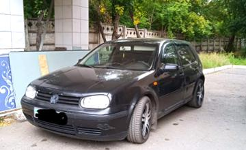 Volkswagen Golf 2001 года за 2 200 000 тг. в Нур-Султан