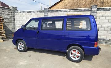Volkswagen Caravelle 1995 года за 3 800 000 тг. в Алматы